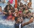 ભારતીય દંપતીએ ઇકો ફ્રેન્ડલી વેડિંગ ગેલેરી 9 રાખી છે