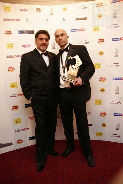 Barinder Singh (Outstanding Achievement Award) wiith James Caan