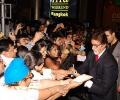 AB signs autographs at IIFA 2008