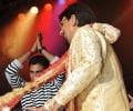 Kuldeep Manak dances on stage