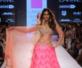 Ileana D'Cruz walks for Anushree Reddy