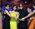 Amitabh on stage with Bollywood beauties