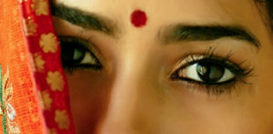 The Bindi - a Dot of Indian Fashion