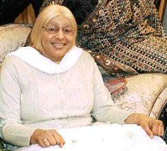 Meera Syal as Grandma from Kumars at No. 42