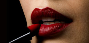 16 Beauty Tips and Tricks for Beautiful Lips f