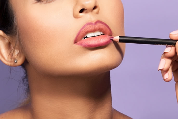 16 Beauty Tips and Tricks for Beautiful Lips - pencil