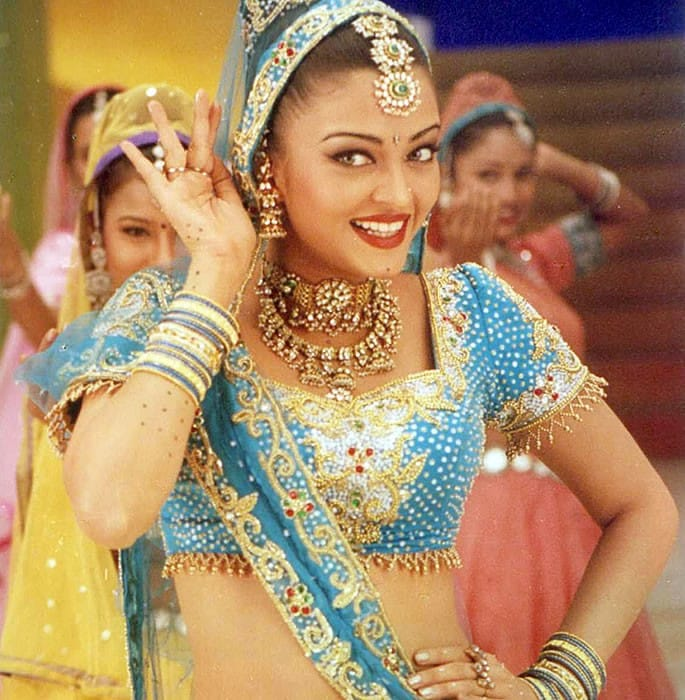 he amazing dancing queens of Bollywood - Aishwarya Rai