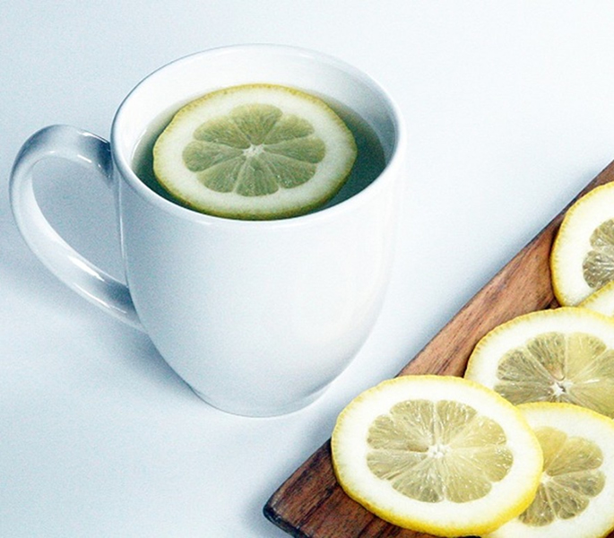 Lemon Water to Detoxify your Body