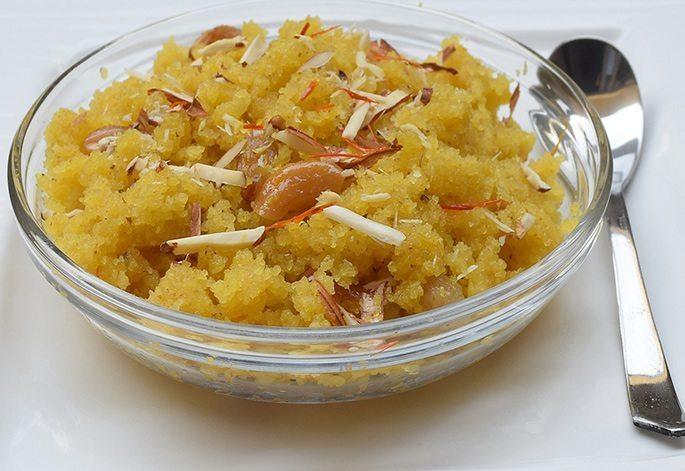 Sooji Halwa - Popular Desi Desserts