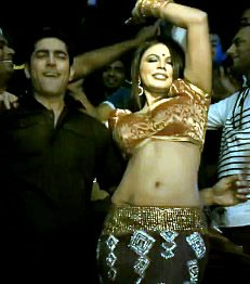 Rakhi Sawant in Pooja Kiven Aa