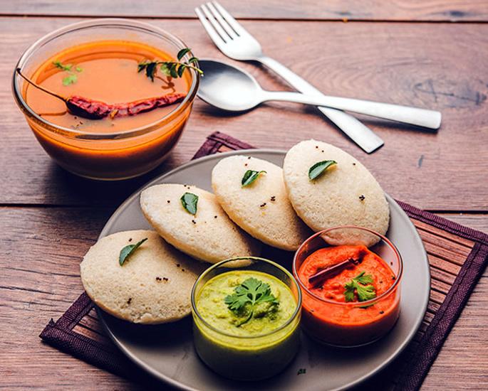 The Best of Indian Vegetarian Dishes - Idli Sambar