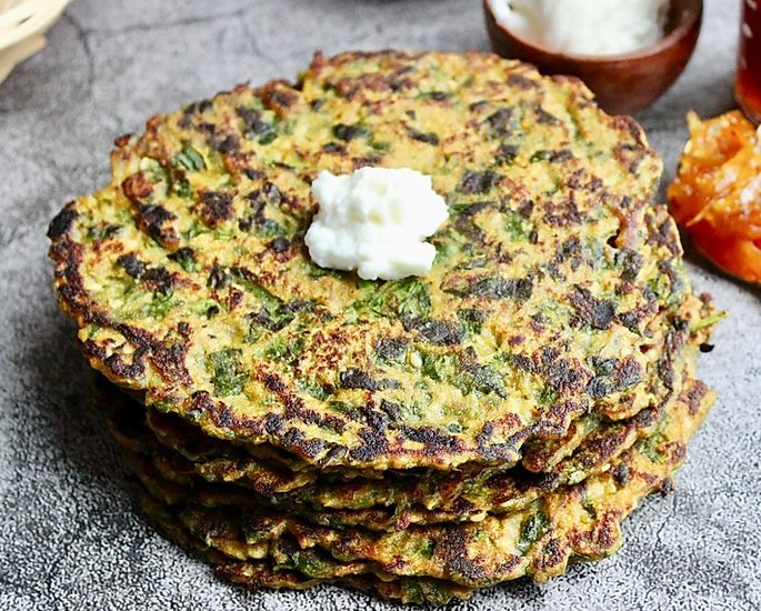 The Best of Indian Vegetarian Dishes - Methi Na Thepla