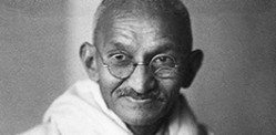 Mahatma Gandhi's blood auctioned in the UK