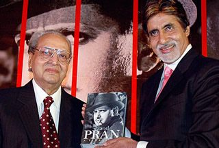 Amitabh presents Pran with his biography  book