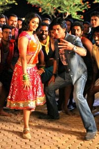 Chennai Express Dance Number