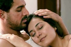 Madras Cafe Movie Still John Abraham and Rashi Khanna