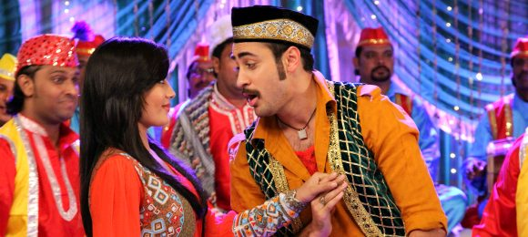 Sonakshi Sinha and Imran Khan in film lauch of once upon a time in mumbai Dobara