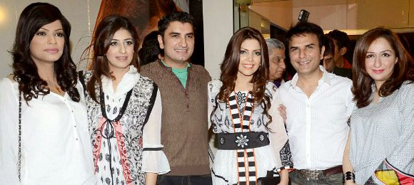Hadiqa Kiani Fabric World Label Launch