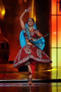 Nina Davuluri dancing in Miss America Competition