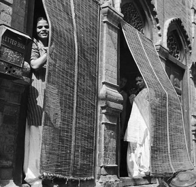 The Sex Workers of Lahore's Heera Mandi | DESIblitz