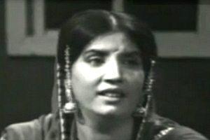 Reshma singing