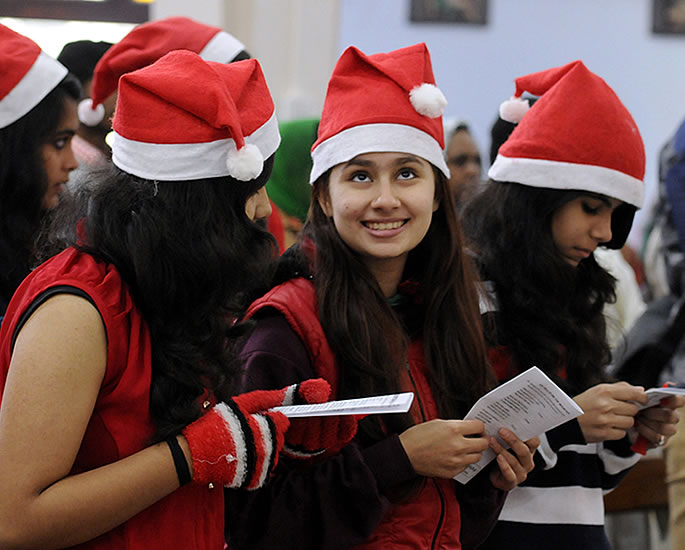 A Very British asian christmas - india