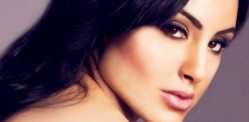 Deana Uppal takes over Bollywood