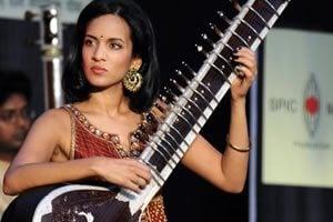 Anoushka Shankar Playing Sitar