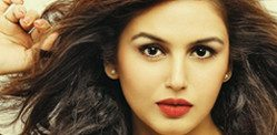 Talented Huma Qureshi takes on Bollywood