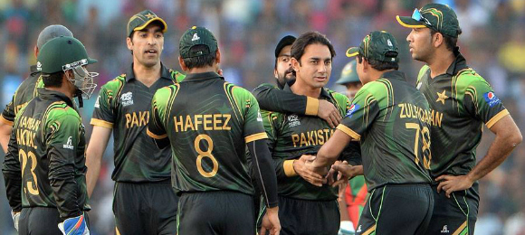 Saeed Ajmal Suspended from Bowling for Pakistan | DESIblitz