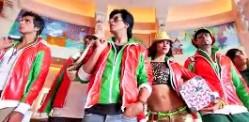 Shahrukh Khan's Amazing Looks in HNY