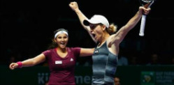 Sania Mirza wins Doubles Title at WTA Finals 2014