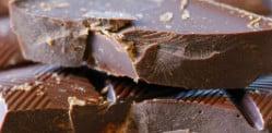 डार्क चॉकलेट आपल्यासाठी स्वस्थ का आहे