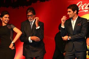 Federer Amitabh Deepika dancing