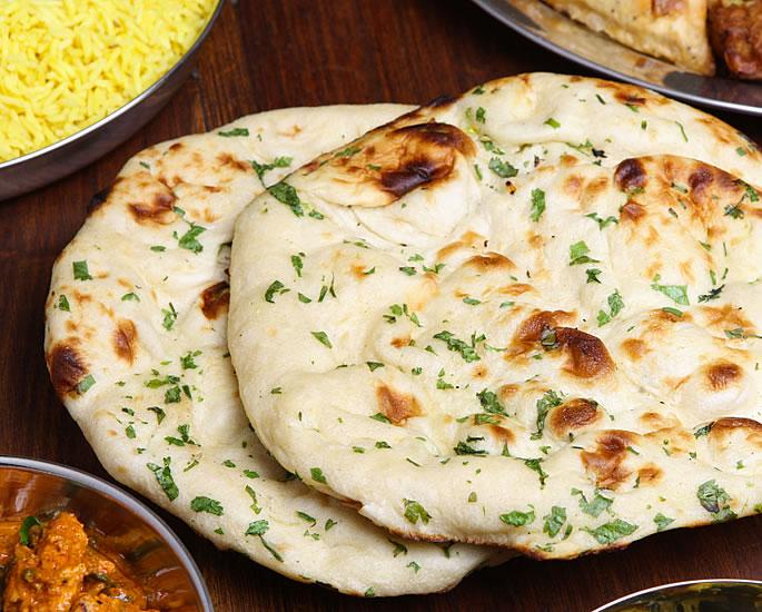 7 भारतीय मुद्राएं आपको अवश्य खाएं - नान