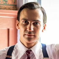 DESIblitz takes you behind the scene to find out more about the characters of Indian Summers.