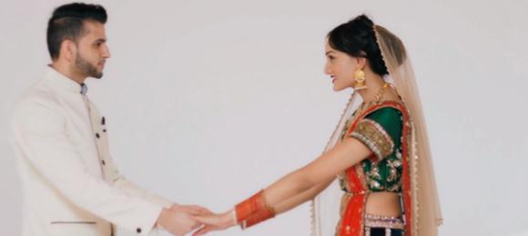 Desi Rascals Akshay proposes to Arshina
