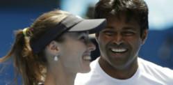 Leander Paes wins 2015 Australian Open Doubles