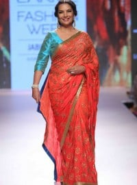 Mandira Bedi  Lakmé Fashion Week Summer/Resort 2015