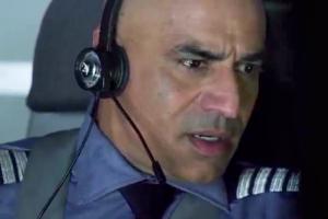 Faran Tahir in Flight 42