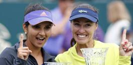 Sania Mirza World Number One Doubles Martina Hingis
