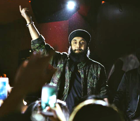 Fateh Doe ~ The Punjabi Rapper on a Mission