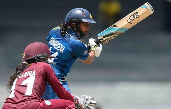 ایک تحقیقات میں انکشاف ہوا ہے کہ سری لنکا کی خواتین کرکٹ ٹیم کے ممبروں کو ٹیم میں محفوظ مقامات کے بدلے جنسی پسندیدگی کا مظاہرہ کرنے پر مجبور کیا گیا تھا۔