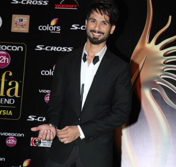 As IIFA 2015 comes to an end, we can only hope that next year's weekend extravaganza will provide us with even more gorgeous gowns and dapper suits!