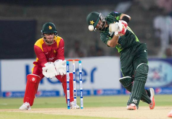 Pakistan Zimbabwe 1st T20 Gaddafi Stadium Lahore