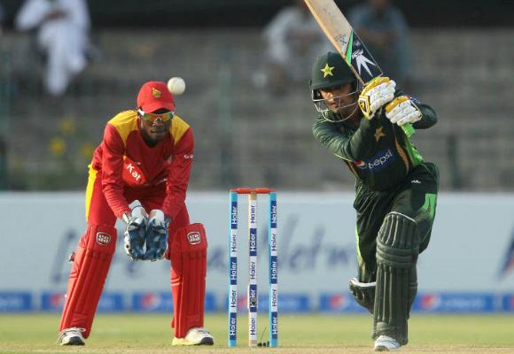 Pakistan Zimbabwe 3rd ODI Gaddafi Stadium Lahore
