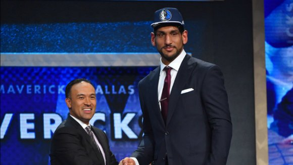 The Dallas Mavericks has selected Satnam Singh in the 2015 NBA draft, making him the first ever Indian-born player to be drafted into the world's top basketball league.