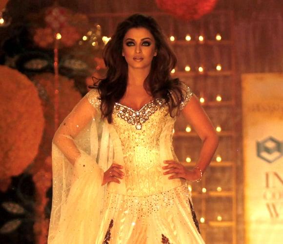 Aishwarya Rai to Model at Delhi Couture Week