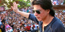 Shahrukh Khan reveals Fan teaser
