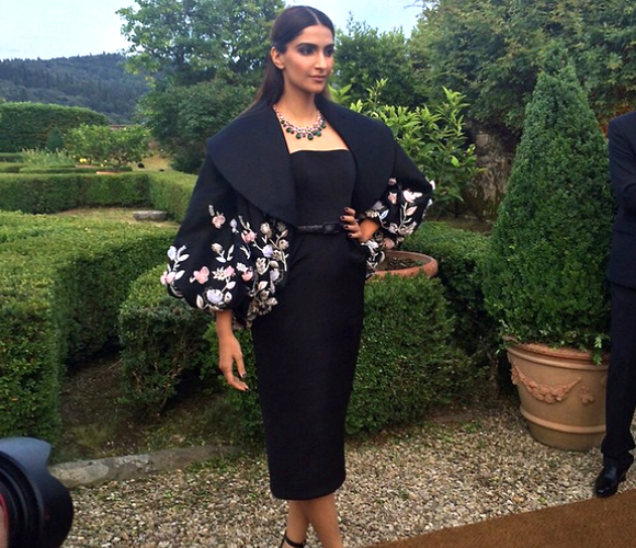 Best Dressed Bollywood Celebs - June 2015